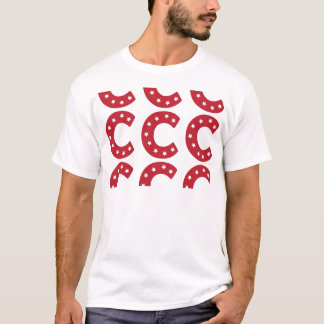 Buchstabe C - Weiß-Sterne auf dunkelrotem T-Shirt