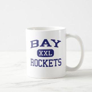 Bucht-Rockets-Sekundarschule-Bucht-Dorf Ohio Kaffeetasse