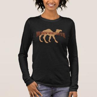 Buckeltag-KAMEL Langarm T-Shirt