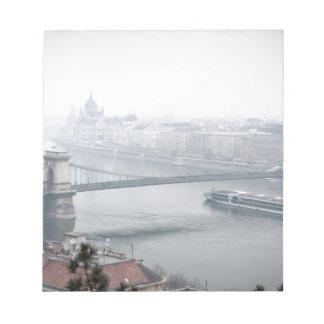 Budapest-Brücke über die Donau-Bild Notizblock