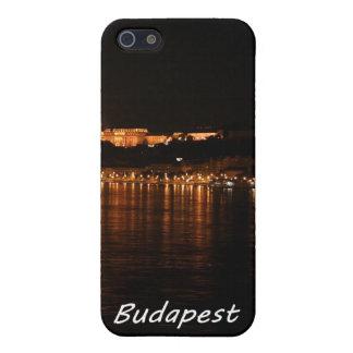 Budapest nachts die Kettenbrücke zeigend iPhone 5 Hülle