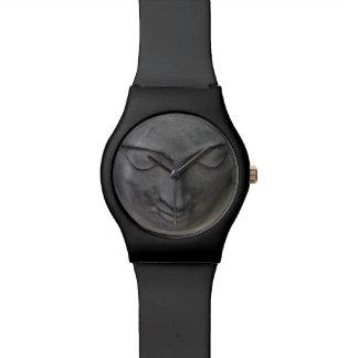 Buddha stellen Grau gegenüber Uhren
