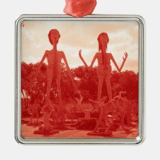 Buddhistische Hölle… Thailand Quadratisches Silberfarbenes Ornament