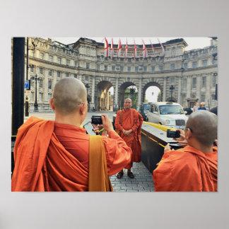 Buddhistische Mönche in London-Plakat Poster