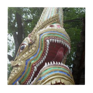 Buddhistischer Naga Fliese