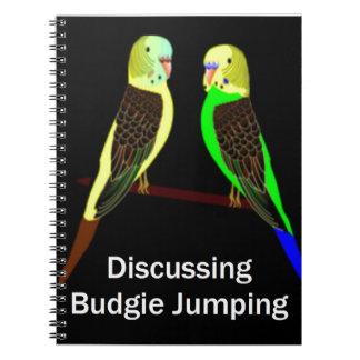 Budgies, das Budgie Springen bespricht Spiral Notizblock