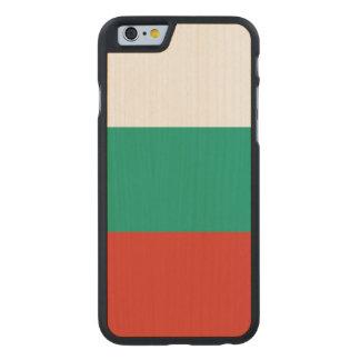 Bulgarien-Flagge Carved® iPhone 6 Hülle Ahorn