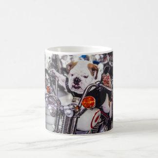 Bulldogge auf Motorrad Kaffeetasse