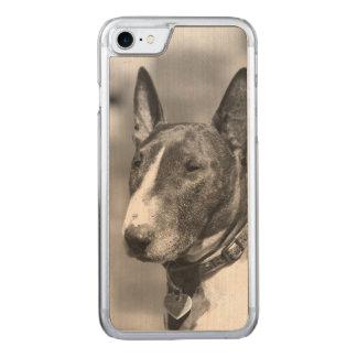 Bullterrierhund Carved iPhone 8/7 Hülle