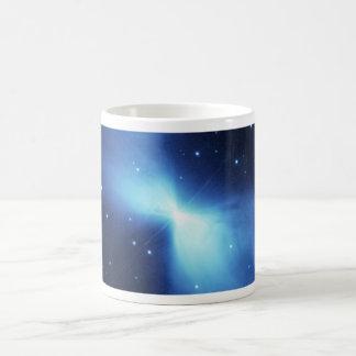 Bumerangnebelfleck im Raum Kaffeetasse