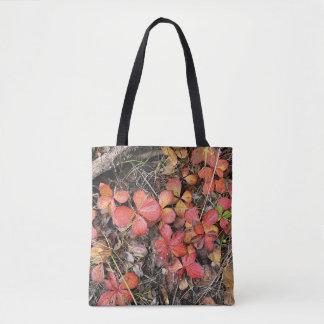 Bunchberry im Herbst #2 Tasche
