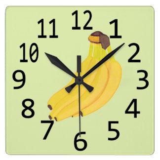 Bündel Bananen, die Wanduhren malen