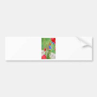 Bündel von rote Mohnblumen, Cornflowers und Ohren Autoaufkleber