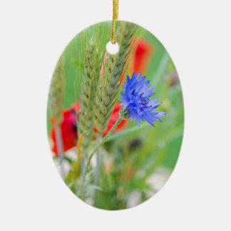 Bündel von rote Mohnblumen, Cornflowers und Ohren Ovales Keramik Ornament