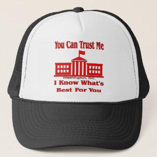 Bundesstaatliche Regierung sagt vertrauen mir Truckerkappe