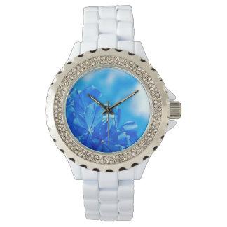 Bunte blühende Bluebellsrhinestone-Uhr Uhr