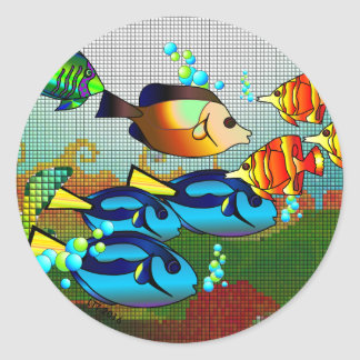 Bunte Fische, die Aufkleber schwimmen