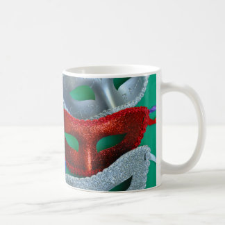 Bunte Glittermasken Kaffeetasse