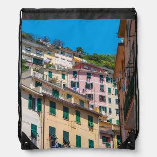 Bunte Häuser in Cinque Terre Italien Turnbeutel