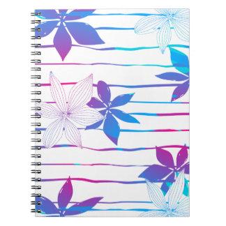 Bunte Hibiskus-Blumen und -streifen Notizblock