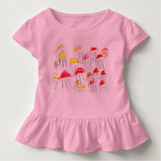 Bunte Quallen gezeichnet von einem Mädchen mit Kleinkind T-shirt