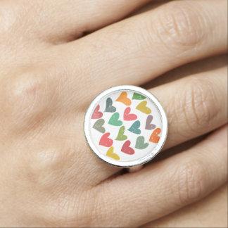 Bunte Retro Schmutzherzen Ring