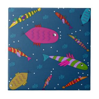 Bunte Wasserfisch-wunderliche Keramik-Fliese Kleine Quadratische Fliese