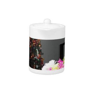 Bunter Blumen-Blumenstrauß und Weihnachtsbaum