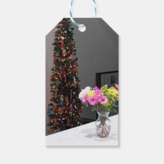Bunter Blumen-Blumenstrauß und Weihnachtsbaum Geschenkanhänger