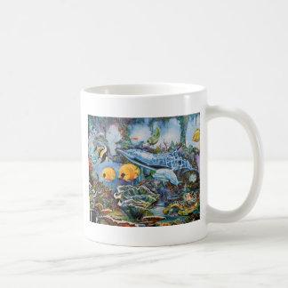 Bunter Delphin und tropische Fische Kaffeetasse