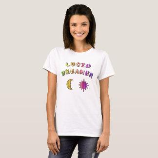 Bunter klarer träumender T-Shirt Entwurf