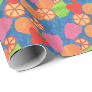 Bunter Sommer trägt Muster auf tiefem Blau Früchte Geschenkpapier