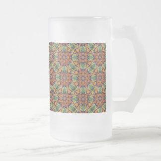 Buntes abstraktes ethnisches Blumenmandalamuster Mattglas Bierglas