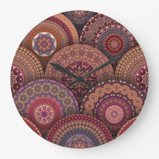 Buntes abstraktes ethnisches Blumenmandalamusterde Große Wanduhr