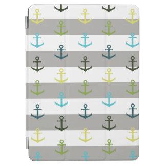 Buntes Ankermuster auf stripy Hintergrund iPad Air Hülle