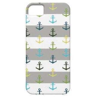 Buntes Ankermuster auf stripy Hintergrund iPhone 5 Cover