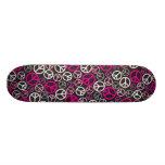 Buntes Friedenszeichen-Skateboard - Rosa/Schwarzes Individuelles Deck
