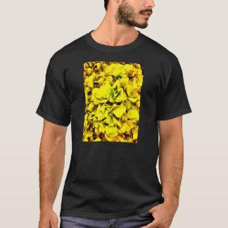 Buntes gelbes Hydrangea-Blumen-Blumenblatt mit T-Shirt