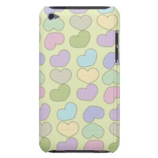 buntes Muster der Herzen und des grünen iPod Touch Case