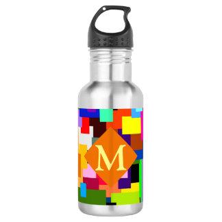 Buntes Patchwork überlagert modernes abstraktes Trinkflasche