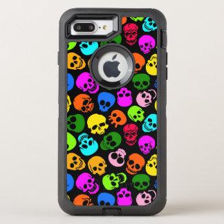 Buntes Schädelmuster im Schwarzen OtterBox Defender iPhone 8 Plus/7 Plus Hülle