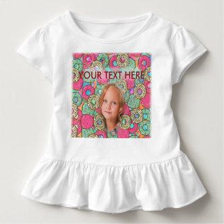 Buntes Schaumgummiring-Muster - Rosa, Mädchen, Kleinkind T-shirt