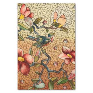 Buntglasartvogel auf einem blühenden Baum Seidenpapier
