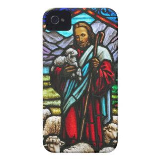 Buntglasbild von Jesus und von Lämmern iPhone 4 Etuis
