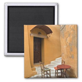 Bürgersteigstabelleneinstellung, Chania, Kreta, Gr Quadratischer Magnet