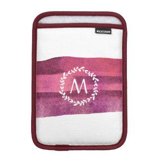 Burgunder-Aquarell u. Kranz-Monogramm iPad Mini Sleeve