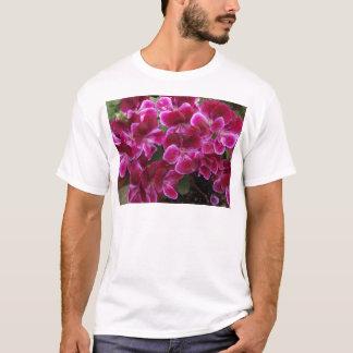 Burgunder-Pelargonie T-Shirt