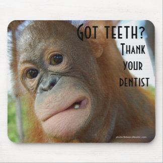 Bürsten Sie Ihren Zahn-Zahnarzt-Spaß Mousepad