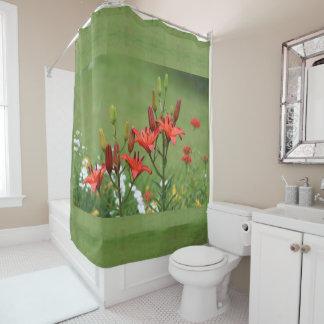 Burt orange asiatische Lilien weise Duschvorhang