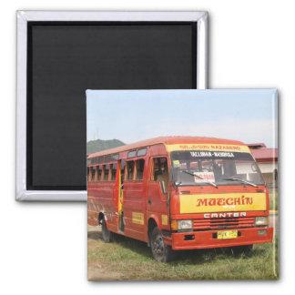 Bus Quadratischer Magnet